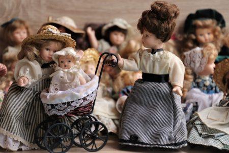 poupées porcelaine